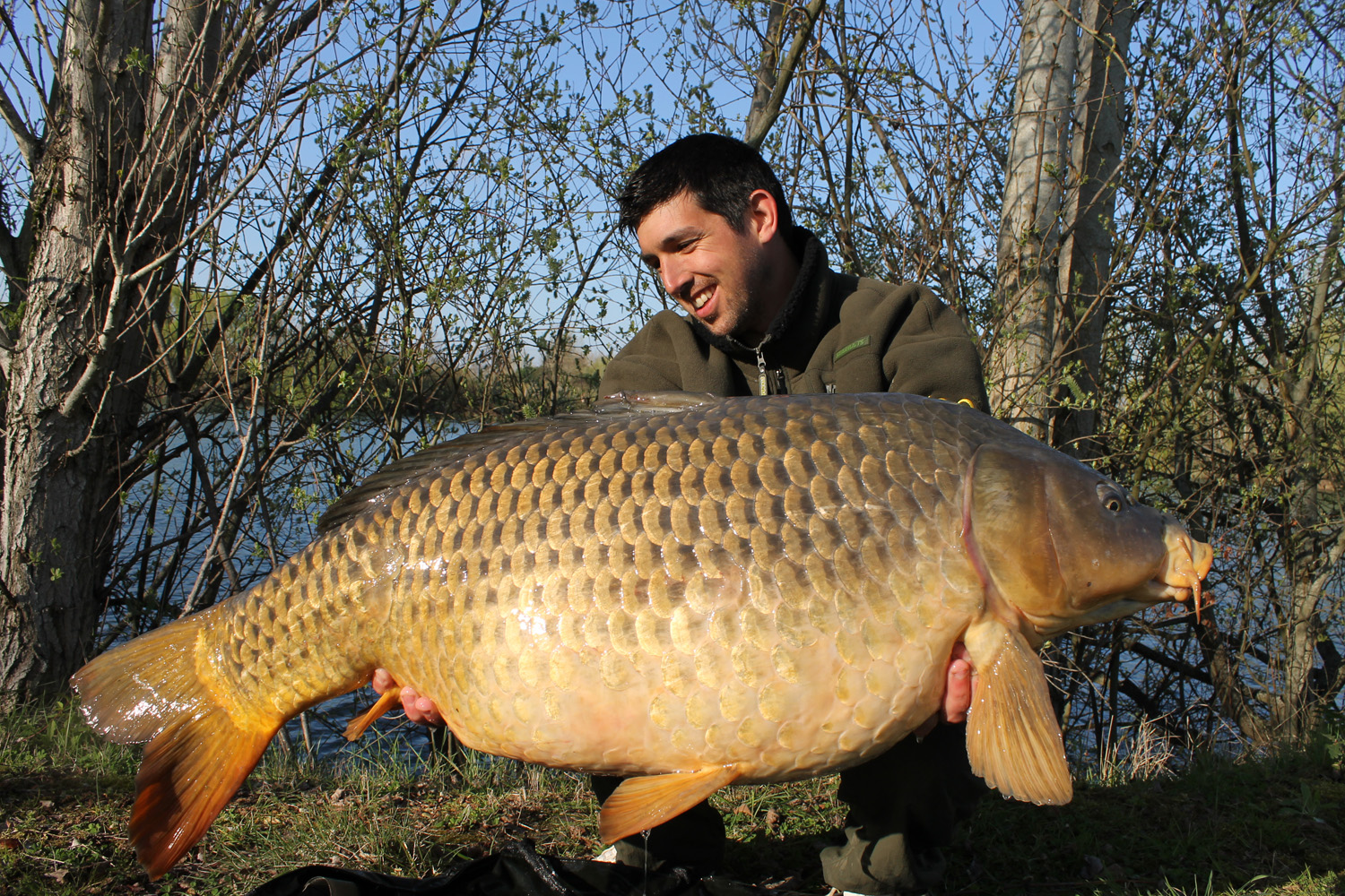 http://www.starbaits.com/fichiers/images/team/gallery/DUCERE_Cedric/20-DUCERE-CEDRIC.JPG